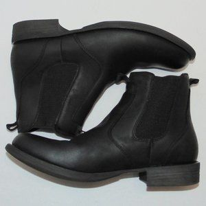 Eastland Daily Double Slip-On Leather Ankle Boots